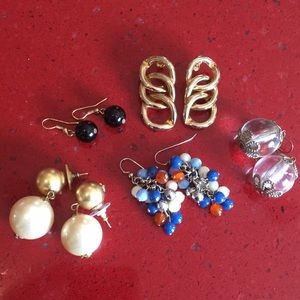 {5 for $25} Set of 5 vintage earrings